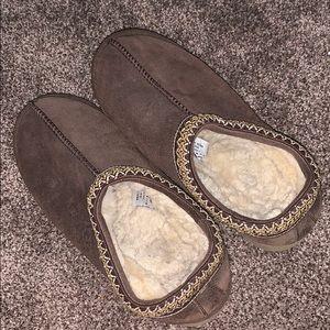 Good condition women's UGG slipper size 10
